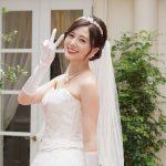 """白石麻衣:古田新太と""""Wウエディングドレス姿""""公開 「全部可愛い」"""