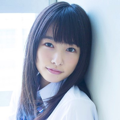 【悲報】岡山の奇跡こと桜井日奈子さんのJKコスプレ、クラスに3人のレベル