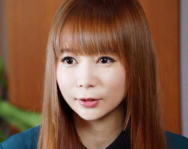 【画像】中川翔子さん「ほとんどない思春期のころの写真がこれだよ」