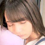 日向坂46・小坂菜緒の寝顔ショットに「かわいすぎる」「天使」の声